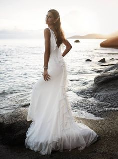 2014 Bridal Gowns Especially for the Petite Bride: Chiffon Wedding Gown with Ruffle Detail for Petites