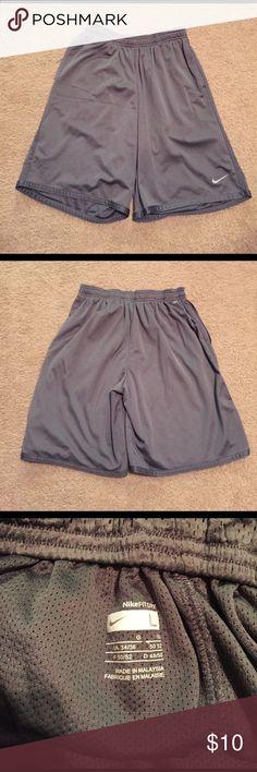 Nike Fit Dry Basketball Shorts Grey Men's Nike Fit Dry Basketball Shorts. In excellent condition! Nike Shorts Athletic