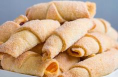 Cornulețe fragede cu gem – un deliciu! Snack Recipes, Snacks, Chips, Food, Basket, Snack Mix Recipes, Appetizer Recipes, Appetizers, Potato Chip