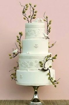 olive tree branches on cake, to represent athena