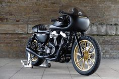 Battle Of The Kings 2016: Sportster Iron 883 by Warr's Harley-Davidson.