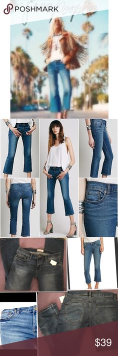 """NWT Free People Slim Kick Cropped Jeans Vista Wash Free People A cropped silhouette lends a relaxed feel to these perfectly faded and whiskered jeans.  Belt loops.  Zip fly with button closure.  Five-pocket style.  Rise, about 8"""". Inseam, about 24"""".  Cotton/rayon/polyester/spandex.  Machine wash. Color: Vista Size: 27 New with tag: $68.00 Free People Jeans Ankle & Cropped"""