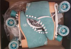 Pattini a rotelle Quad Roller DERBY modello CANDI GIRL CARLIN Colore: SeaFoam/Azzurro