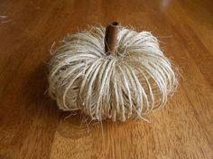 DIY easy twine fall pumpkins, crafts, halloween decorations, home decor, seasonal holiday decor