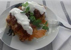 """Legyező krumpli"" cheddárral és húsraguval | keva470 receptje - Cookpad receptek Cheddar, Tacos, Mexican, Eggs, Breakfast, Ethnic Recipes, Food, Morning Coffee, Cheddar Cheese"