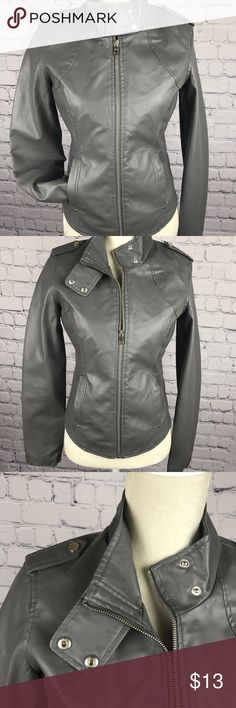 🐰 THERAPY 🐰 Leather Jacket Chic grey leather jacket. Has front hand warmers and a fitted look. Buttons along the collar for a different look or wear it down! Therapy Jackets & Coats