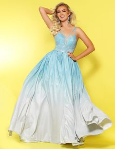 Check out this gorgeous, glitter ombre style by Available at Spotlight Formal Wear! Formal Wear, Formal Dresses, Bridal And Formal, Party Dresses For Women, Party Looks, Boutique Dresses, Wedding Bridesmaids, Homecoming Dresses