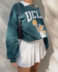 Adrette Outfits, Indie Outfits, Teen Fashion Outfits, Retro Outfits, Cute Casual Outfits, Look Fashion, Sweater Outfits, School Skirt Outfits, Vintage Outfits