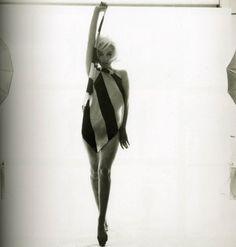 Marilyn Monroe's Last Sitting for Vogue, 1962 (35 pictures)   Memolition