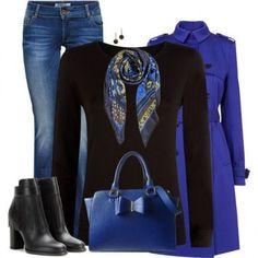 Look con accessori blu