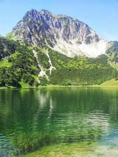 Gaißalpsee mit dem Blick aufs Rubihorn in den Allgäuer Alpen.