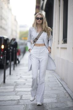 Models off-duty: every look we& copying from fashion month : Romee Strijd during Paris Fashion Week Model Street Style, Street Style Women, Street Styles, Tall Girl Fashion, Moda Casual, Models Off Duty, Elsa Hosk, Classy Outfits, Celebrity Style