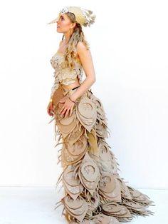 DIY Halloween Costumes – Cardboard Costumes – Creative Costume Ideas   Small for Big