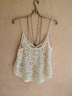 Shop Red Slip Buttons Hollow Cami Top On - maallure Crochet Cami Tops, Top Crop Tejido En Crochet, White Crochet Top, Black Crochet Dress, Crochet Blouse, Crochet Bikini, Summer Knitting, Crochet Fashion, Crochet Clothes