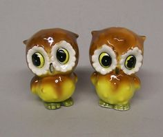 Vintage Adorable Bright Eyes OWL Salt & Pepper Shakers Brown and Yellow Breasted