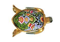 TOMS DRAG ART 2017: Schildkröte Tilda aus der Classic Line Collection. Erhältlich in sechs verschiedenen Varianten auf www.amaru-design.com
