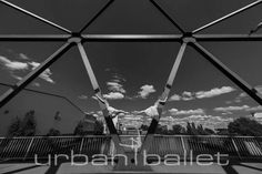 Annika & Esther at Peute   Hamburg. For more information please visit www.urban-ballet.com
