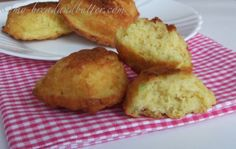 Savory Madeleines: Courgette and goat cheese!!!
