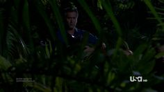 """Burn Notice 4x12 """"Guilty as Charged"""" - Fiona Glenanne (Gabrielle Anwar) & Sam Axe (Bruce Campbell)"""