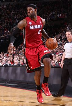NBA Feet: LeBron James   Nike LeBron X Red/Black PE