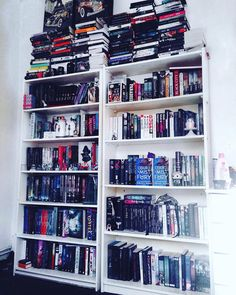 """(A BEFORE PIC) This isn't even half of what I'm dealing with book wise! You you have been watching my snapchat """"caseyannbooks"""" you'll see what I'm talking about. This is so unorganised! @sashaalsberg has offered to sort it but of course she doesn't live next door to me WAH! So I'm having to do this on my own and I don't wanna wahhhh lol ORGANISATION TOMORROW! Watch this space #book #bookcase #bookshelves #booktuber #booktube #instareads #igreads #bookshelves #epicreads #bookworm #bookcase by…"""