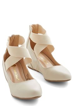 Limitless Radiance Rainbow Heel Limitless Loveliness Wedge Theres no end to the elegance that awaits in these ivory wedges cream modcloth Wedge Wedding Shoes, Bridal Shoes, Wedge Shoes, Shoes Heels, Tan Heels, Cute Shoes, Me Too Shoes, Rainbow Heels, Vintage Heels