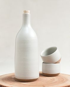 Mazama - cloud serving bottle and Spanish wine cups