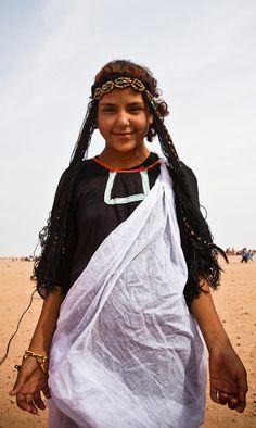 Africa   Sahrawi girl.  Tindouf, Algeria   ©Paul Borhaug