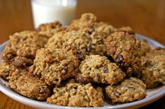 Brain-Healthy Chocolate Chip Cookies : Try out this cookie recipe today to boost your brain health - Dr. Oatmeal Chocolate Chip Cookie Recipe, Oatmeal Cookie Recipes, Oatmeal Chocolate Chip Cookies, Chocolate Chips, Oat Cookies, Yummy Cookies, Healthy Cookies, Healthy Treats, Healthy Foods