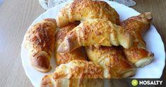 Sajtos sörkifli Tésztásfül konyhájából recept képpel. Hozzávalók és az elkészítés részletes leírása. A sajtos sörkifli tésztásfül konyhájából elkészítési ideje: 40 perc Winter Food, Shrimp, French Toast, Muffin, Goodies, Food And Drink, Meat, Chicken, Baking