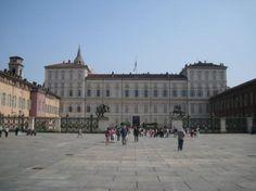 Castle Square (Piazza Castello)