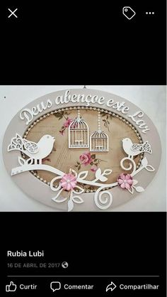 Placas mdf New Crafts, Wood Crafts, Diy And Crafts, Frame Wall Collage, Frames On Wall, Paper Flower Art, Paper Flowers, Diy Projects To Try, Craft Projects