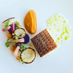 Bass, pickled ramps, burnt carrot puree, cipollinni, potato, tarragon buttermilk, sorghum. ✅ By - @karloevaristo ✅ #ChefsOfInstagram www.chefsof.com