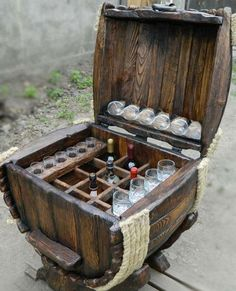 Bar Barrel Source by klausmarkl[Video] The Best Home Decor (in the World). Barrel Projects, Wood Projects, Woodworking Projects, Unique Furniture, Shabby Chic Furniture, Pallet Furniture, Man Cave Crafts, Barrel Bar, Wine Barrel Furniture