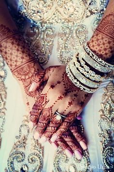 This Indian bride is a gorgeous sight with beautiful jewelry and mehndi designs!
