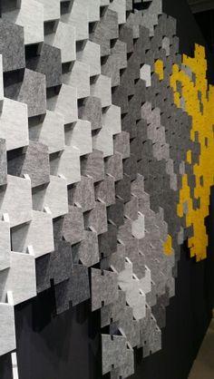 Cabs design auf der Dutch Design Week 2015, Einthoven. Scale ist ein Stecksystem aus dem Faserverbundstoff Nitona. Über den Konfiguration können eigene Bilder erstellt werden. Acoustic Wall Panels, 3d Wall Panels, Acoustic Design, 3d Wall Decor, Recording Studio Design, Workshop Design, Workspace Inspiration, Sound Proofing, Shop Interior Design