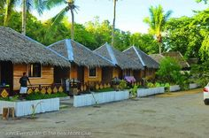 Bolod Place and Dumaluan Beach are like a mini Boracay in Bohol, for here you can enjoy walking beautiful, long sandy beaches and visit resorts, restaurants and beach bars along the shoreline. # http://thebeachfrontclub.com/beach-hotel/asia/philippines/panglao-island/dumaluan-beach/bolod-beach-resort/