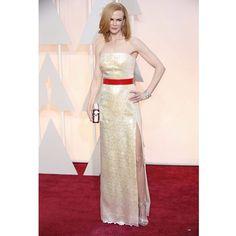 """""""Sempre impecável, Nicole Kidman aparece com veztido inteirinho bordado com paetês mais fenda generosa no #redcarpet do #Oscars2015 #Oscars #nicolekidman"""""""