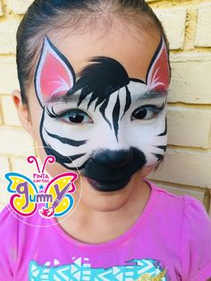 40 Easy Tiger Face Painting Ideas for Fun - Bored Art Face Painting Unicorn, Adult Face Painting, Face Painting Tips, Face Painting Designs, Painting For Kids, Paint Designs, Animal Face Paintings, Animal Faces, Belly Painting