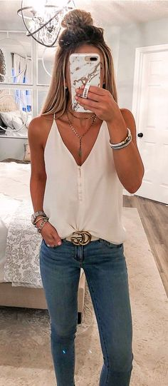 Preppy Outfit Ideas To Beat The Summer Heat – Casual Outfit – Casual Summer Outfits Adrette Outfits, Outfits For Teens, Cool Outfits, Fashion Outfits, Fashion Trends, Red Fashion, Preppy Fashion, Ladies Fashion, Dungarees Outfits