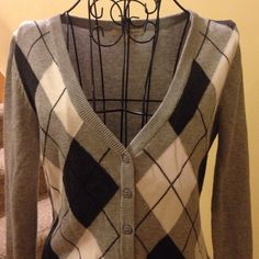 Cardigan (grey, charcoal, ivory) used Cardigan (grey, charcoal, ivory) Used. Very pretty....does have some balling (see picture). Twenty one Sweaters Cardigans
