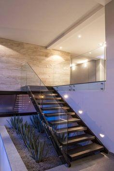 Projekty, translation missing: pl.style.korytarz-przedpokój-i-schody.eklektyczny Korytarz, przedpokój i schody zaprojektowane przez Sobrado + Ugalde Arquitectos