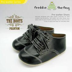 Phantom Boots    Condition  New      Type: Pre-walker Boots  Material: Synthetic Leather  Size available :  Size 3   (3-6m) 11cm  Size 4   (6-9m) 11.5cm  Size 5   (9-12m) 12cm  http://baby.letimahouse.com   Text & Whatsapp: +62-877-8080-6878 #sepatubayikeren #sepatubayiindo #sepatubayi #sepatubayiimut #freddiethefrogindo #freddiethefrog #freddiethefrogshoes #Jualsepatubayi #prewalkershoes #prewalker #tokobayimurah #tokobayi #tokobayijakarta #balita #batita