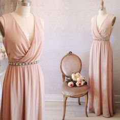 Erlesten Disponible au / Available on www.1861.ca Découvrez notre nouvelle boutique soeur @boudoir1861 / Discover our new bridal boutique #boutique1861 #bridesmaids #promdress #graduationdress #homecoming #prom2016 #vintagestyle #ootdmontreal #pinkdress #pastels #mtlmoments #summerwedding #boudoir1861 #prettyinpink