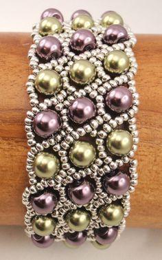 Choisissez vos couleurs préférées pour faire ce bracelet à deux tons perle!!  Il sagit dun paquet dinstruction pdf téléchargeable pour la