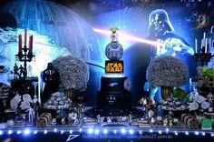 Olha que show esta Festa Star Wars!!Muitos detalhes encantadores.Imagens Mundo Caramelo.Lindas ideias e muita inspiração.Bjs, Fabíola Teles.             Mais ideia...