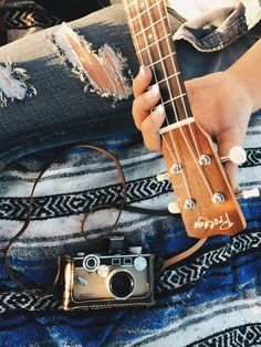EmmaSwan's Ukulele images from the web