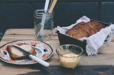 Petite Kitchen& Lime and Coconut Yoghurt Bread Recipe - Viva Lemon Desserts, Lemon Recipes, Healthy Dessert Recipes, Healthy Treats, Bread Recipes, Sweet Recipes, Cooking Recipes, Healthy Food, Healthy Eating