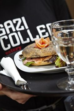 Gazi College is the right place to eat any time of the day or night. It offers from omelettes and pies for breakfast to souvlaki, salads, pasta, pizza, desserts and many other modern dishes forlunch,dinnerorlate night food. The coffee and other beverages are also very good, whilecocktails. What's more, Gazi College serves brunchon Sundays, 11:00-19:00. …