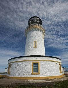Scotland Travel, Highlands Scotland, Glasgow Scotland, Lighthouse Pictures, Le Cap, Lighthouse Keeper, Beacon Of Light, British Isles, Great Britain